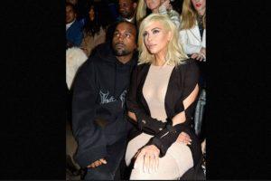 Kim Kardashian sin sostén Foto:Getty Images. Imagen Por: