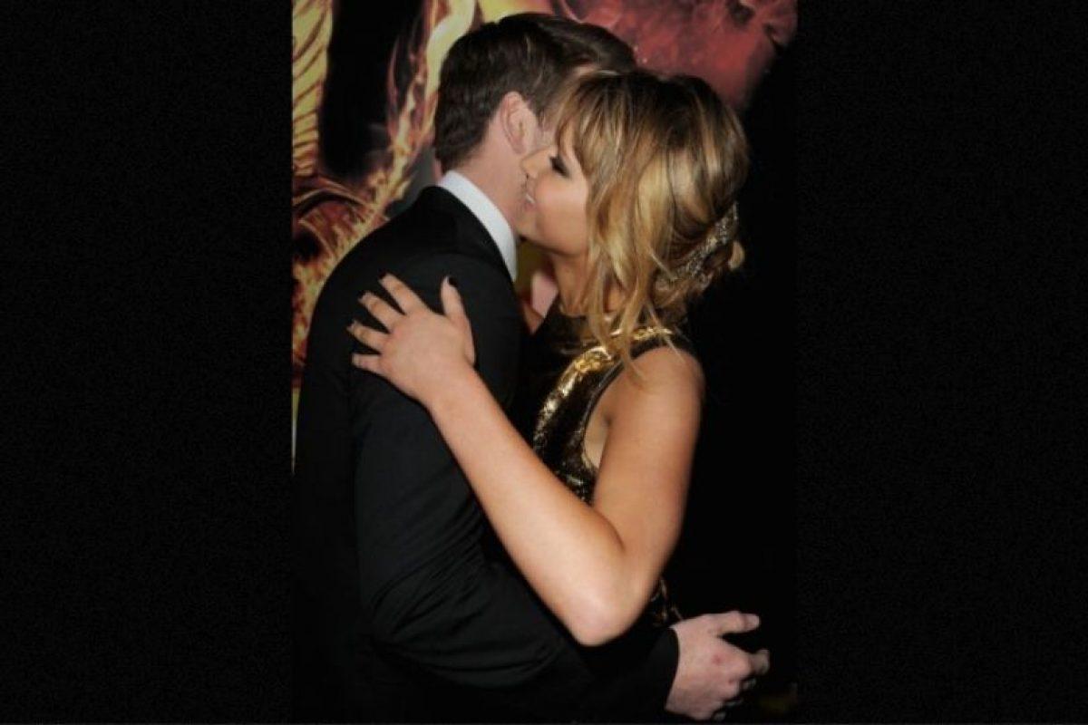 """""""Si teníamos una escena de beso, ella se aseguraba de comer ajo, atún o algo desagradable"""", explicó Hemsworth en una entrevista con Jimmy Fallon. Foto:Getty Images. Imagen Por:"""