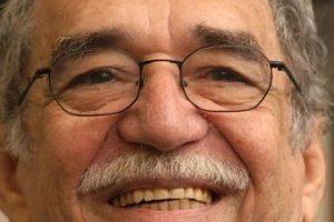 García – Más de 10 millones de personas, como Gabriel García Márquez, fallecido escritor colombiano. Foto:Getty Images. Imagen Por: