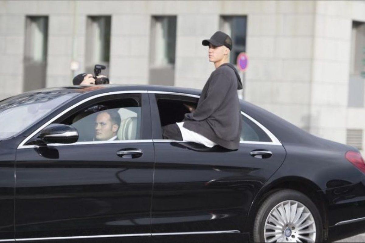 """4. En el 2013 durante el desfile de Victoria's Secret, antes de salir al escenario Justin vio los pechos de la modelo Jourdan Dunn, a los cuales alabó al decir que """"estaban bonitos"""", lo que hizo que ésta se incomodara y pusiera nerviosa. Foto:Grosby Group. Imagen Por:"""
