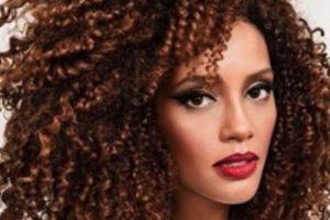 Fue elegida como una de las 50 personas más bellas del mundo. Foto:vía facebook.com/taisdeverdade. Imagen Por: