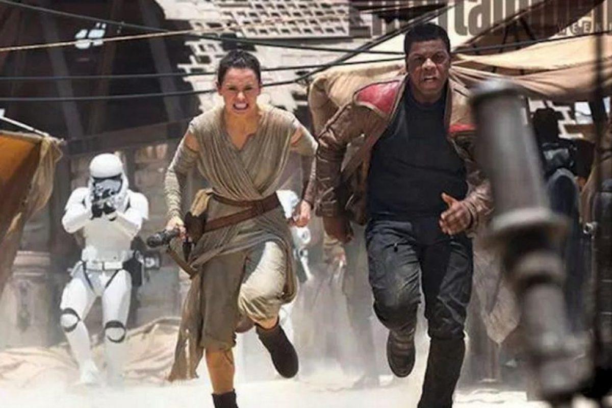 Los nuevos personajes que veremos en la próxima cinta. Foto:vía facebook.com/StarWars.LATAM. Imagen Por: