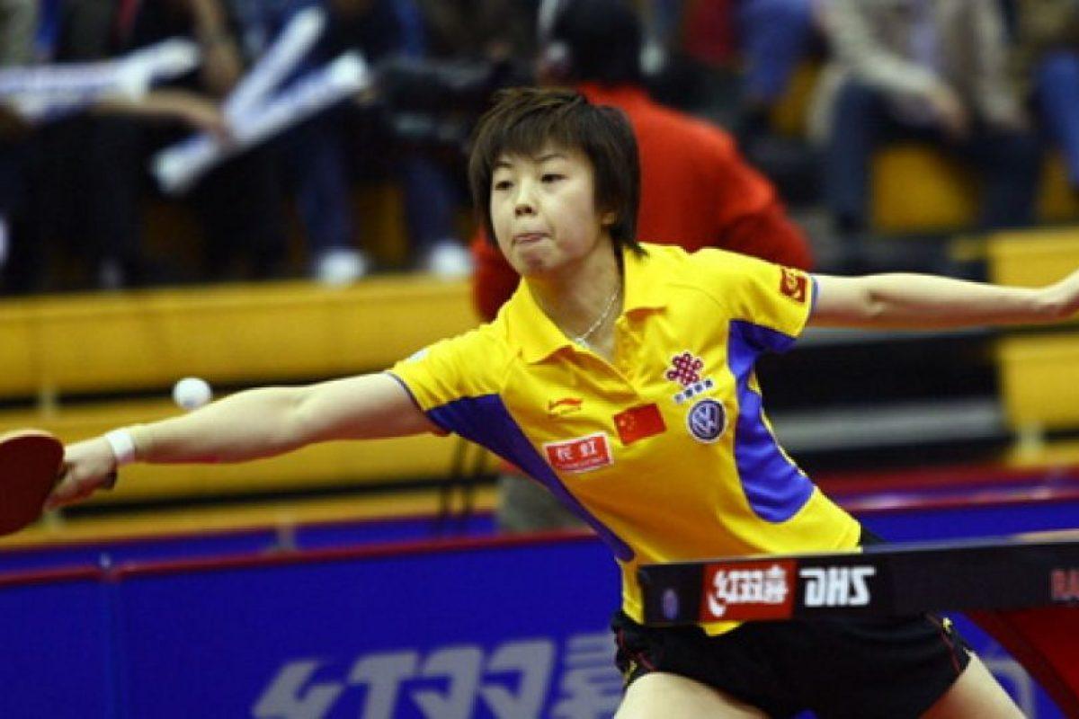2.- Zhang – Más de 100 millones de personas, como Zhang Yining, jugadora de tenis de mesa profesional. Foto:Getty Images. Imagen Por: