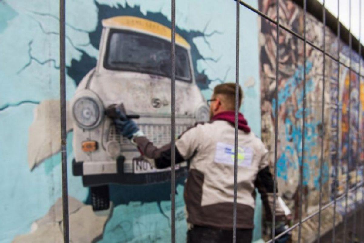 En algunas zonas que fueron parte del muro, artistas realizan homenajes Foto:AFP. Imagen Por: