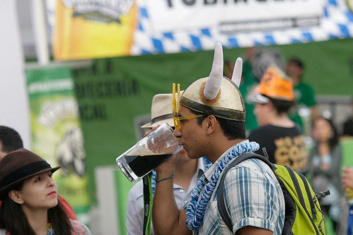 """7- El bebedor social dice """"esta es la última"""" y cumple con su palabra Foto:Agencia Uno. Imagen Por:"""