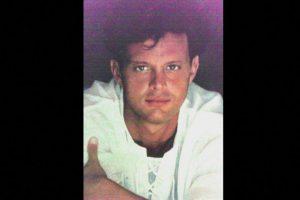"""En 1990, su álbum """"20 años"""" vendió más de 600 mil copias en una semana. Foto:Coveralia. Imagen Por:"""