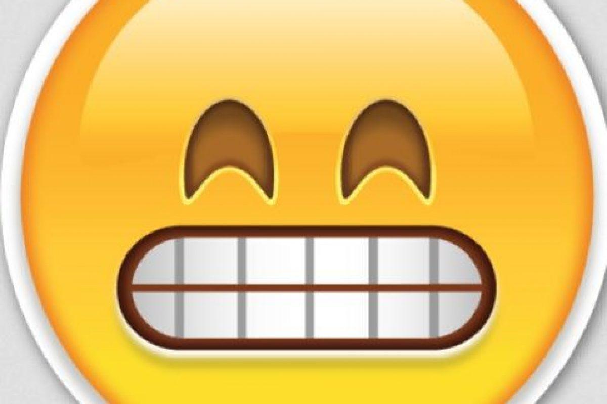 Burla o chiste: Aunque es parecido, en realidad se trata de una cara muy feliz. Foto:Pinterest. Imagen Por: