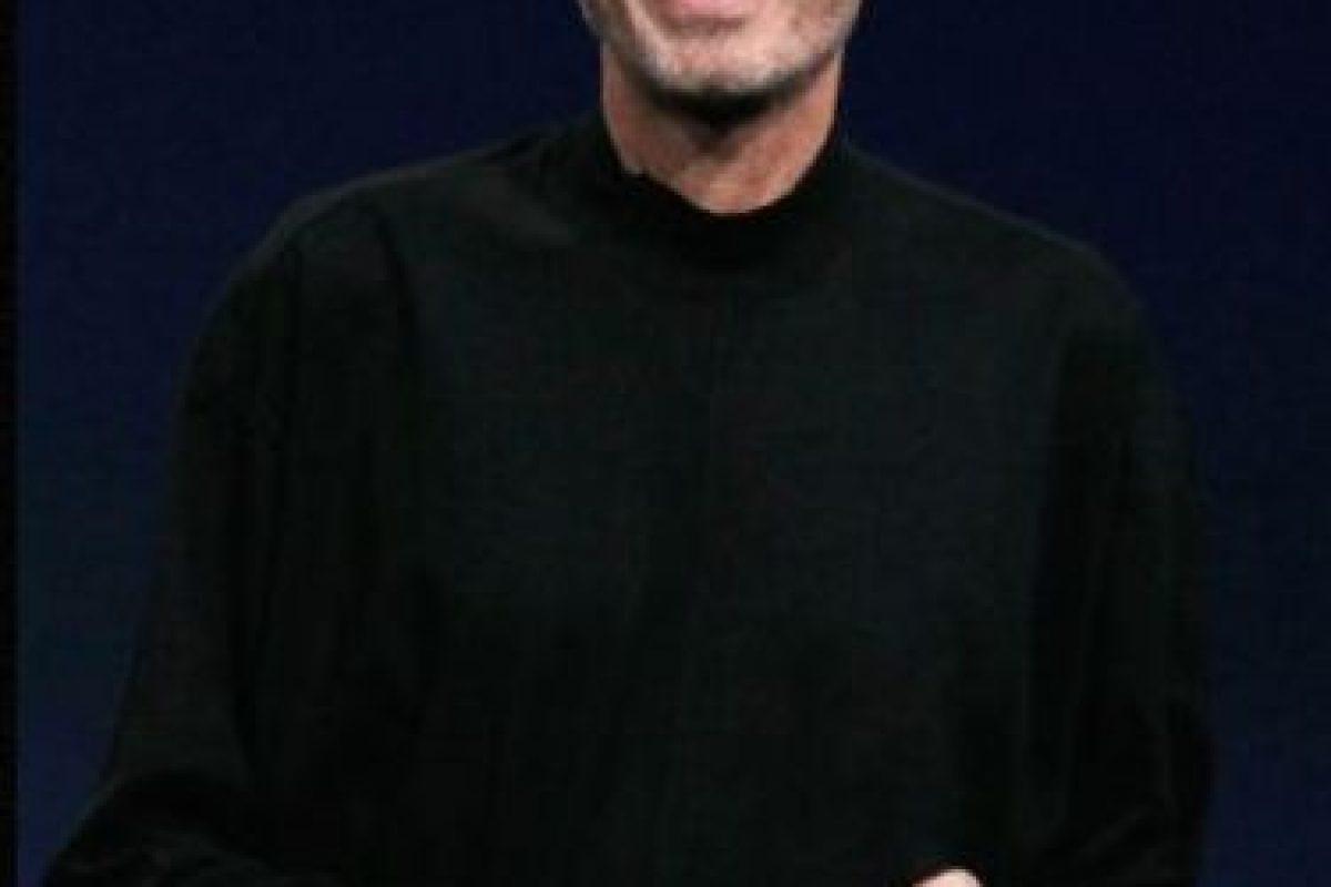 """Steve Jobs en un discurso en la Universidad de Stamford: """"Esto es para los locos. Los rebeldes. Los alborotadores. Los que ven las cosas de forma distinta. Mientras que algunos creen que son locos, nosotros los vemos como genios. Porque las personas que están lo suficientemente locas como para creer que cambiarán el mundo, son las que lo hacen"""". Foto:Getty Images. Imagen Por:"""