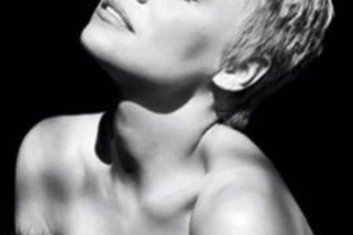 """A lo largo de su carrera ha posado en varias ocasiones para la revista """"Playboy"""" Foto:vía instagram.com/pamelaanderson. Imagen Por:"""