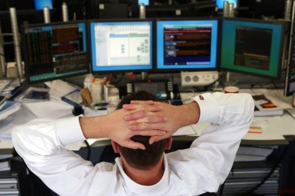 8- Ataques de negación de servicio: Cuando los servidores de la red están abrumados colapsan. En ese momento, los robots pueden tener acceso a mucha información individual de conexiones y servidores. Foto:Getty Images. Imagen Por: