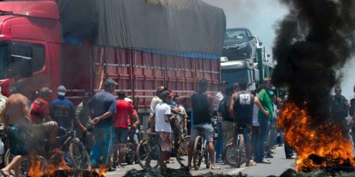 Brasil amanece con bloqueos en carretera por huelga de camioneros