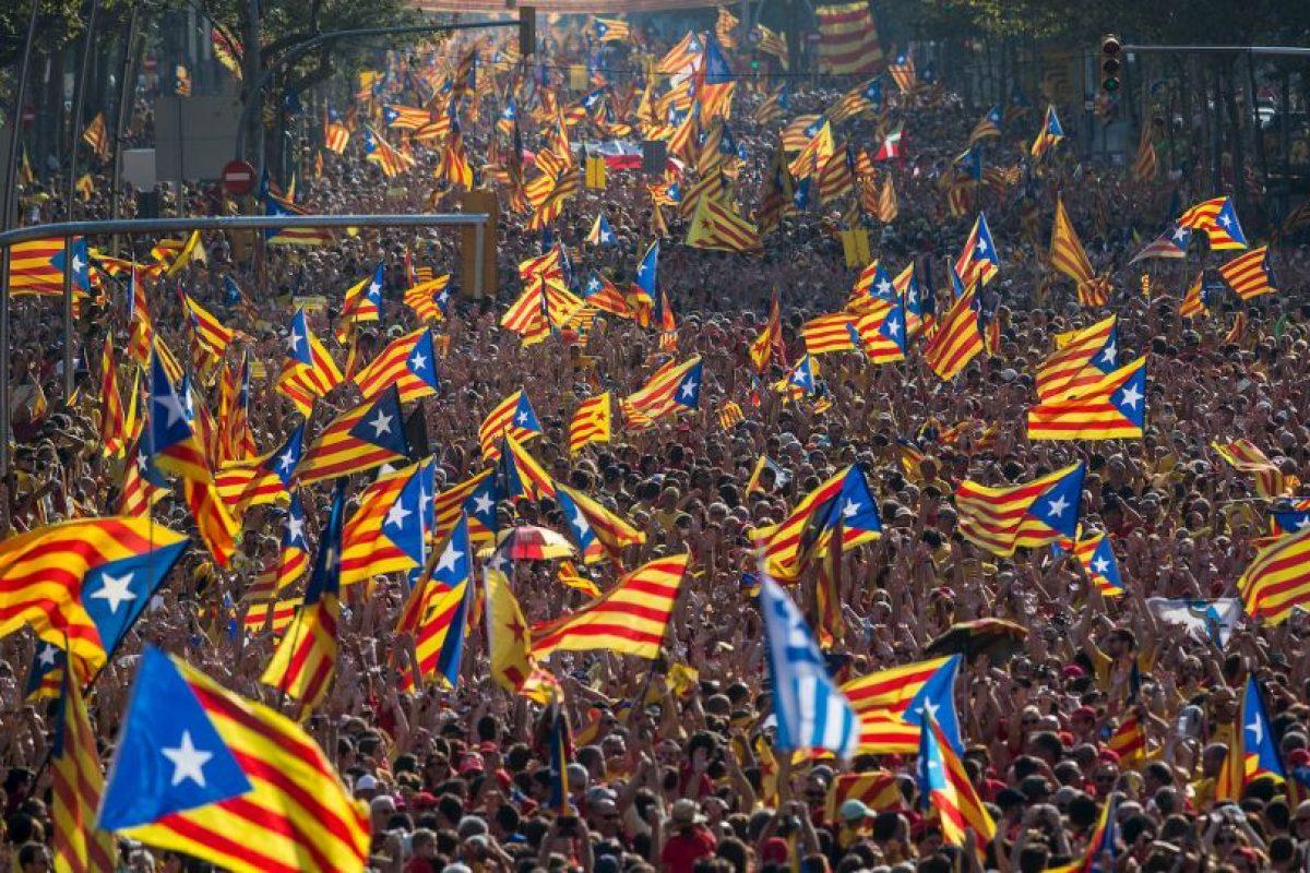 """En su artículo 2 habla de la """"indisoluble unidad de la Nación"""", por lo que es ilegal que Cataluña decida separarse de España Foto:Getty Images. Imagen Por:"""