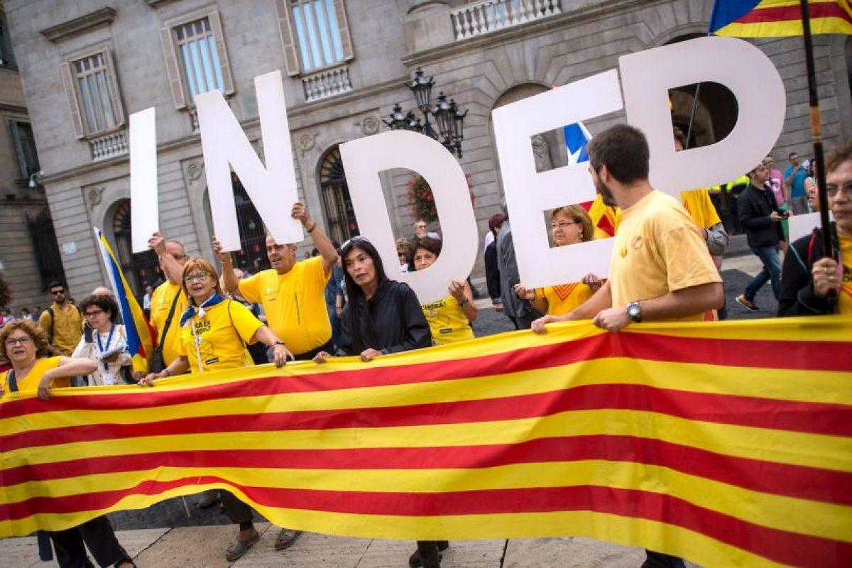 El nuevo estado Catalán tendrá que asumir nuevos gastos, como tener servicios de defensa o diplomacia Foto: Getty Images. Imagen Por: