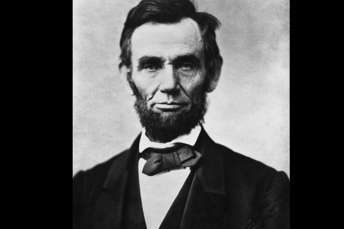 Lincoln es el fantasma que más gente aseguró haber visto en la Casa Blanca. Foto:Vía wikipedia.org. Imagen Por:
