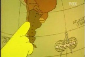 """1- """"Bart contra Australia"""" (6×16): Lisa asegura que la ciencia le ha enseñado que el agua corre en la dirección de las manecillas del reloj si una persona está en el hemisferio norte y que, corre hacia la izquierda si es que el observador está en el hemisferio sur. Foto:Captura Youtube. Imagen Por:"""