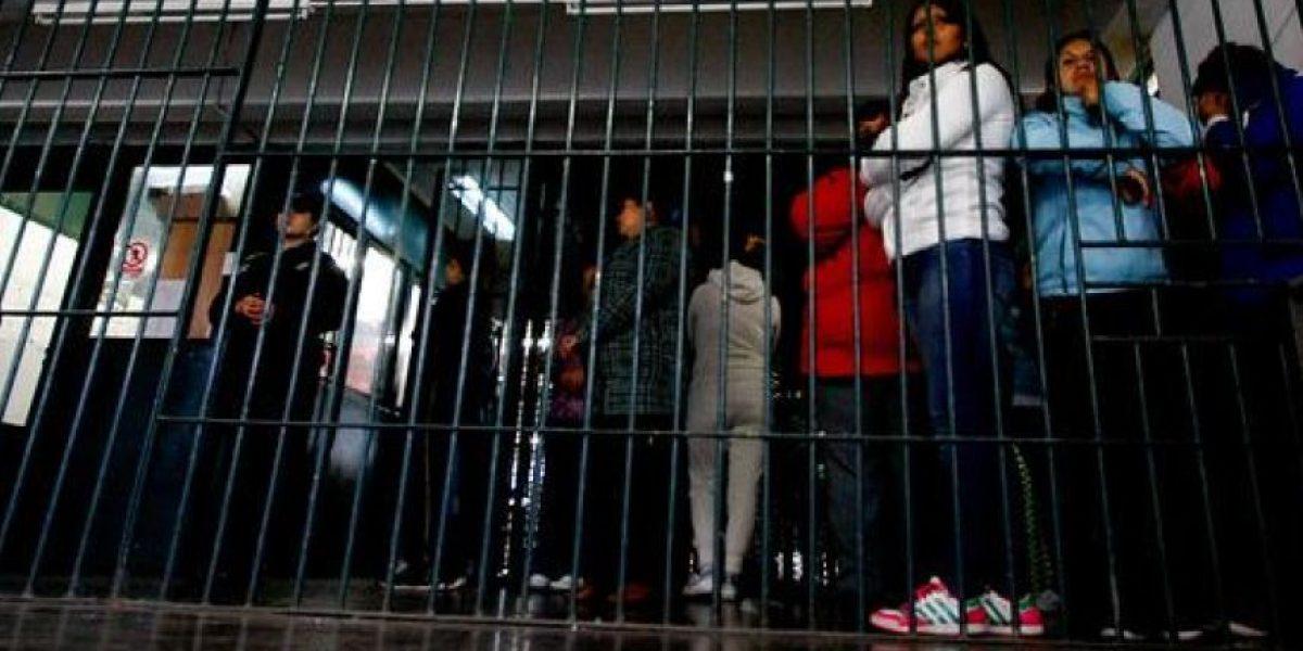 Propinan brutal golpiza en la cárcel a formalizada por asesinato de mujer en Angol