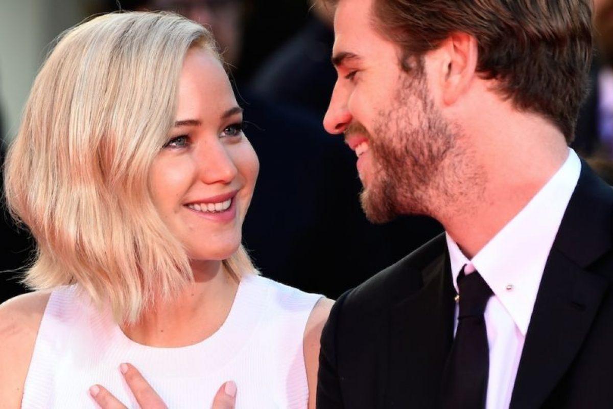 """Liam Hemsworth confesó que, a pesar de mantener una gran amistad con ella, odiaba besarla en el set de """"Los Juegos del Hambre"""". Foto:Getty Images. Imagen Por:"""