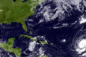 En septiembre de 2010, Igor fue considerado uno de los más grandes huracanes en cuanto a tamaño de su centro con mil 480 kilómetros de diámetro Foto:Getty Images. Imagen Por: