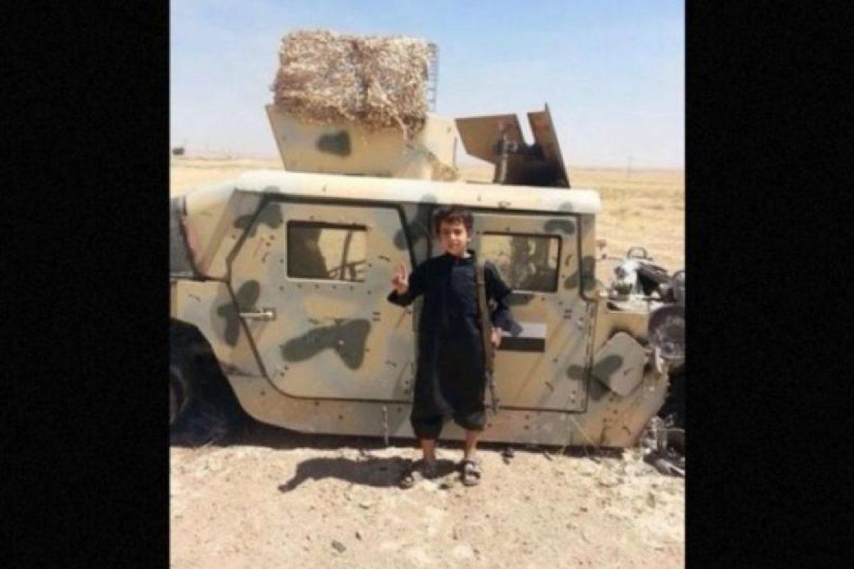 Sin embargo, esta no es una realidad para aproximadamente 5.6 millones de niños que viven en zonas de guerra en Siria, quienes son utilizados por Estado Islámico (ISIS) en sus atroces actos. Foto: Twitter.com – Archivo. Imagen Por: