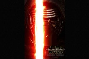 """Kylo Ren"", el villano de Adam Driver, en nuevo póster de ""Star Wars: The Force Awakens"". Foto: Facebook/StarWars.LATAM. Imagen Por:"