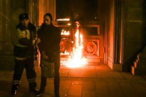 La mayoría son contra su gobierno. Foto:Vía Vimeo. Imagen Por: