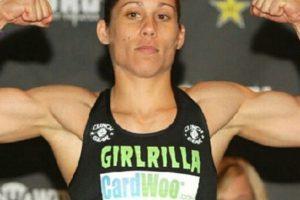 Liz tiene un récord de 10 victorias y cinco derrotas Foto:Vía twitter.com/iamgirlrilla. Imagen Por: