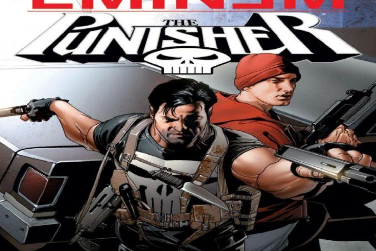 """Eminem protagonizó un cómic de acción digno de película con """"The Punisher"""". Este mata a su crew (WTF) y luego Barracuda (enemigo de Punisher) quiere matarle. Foto:vía Marvel Cómics. Imagen Por:"""
