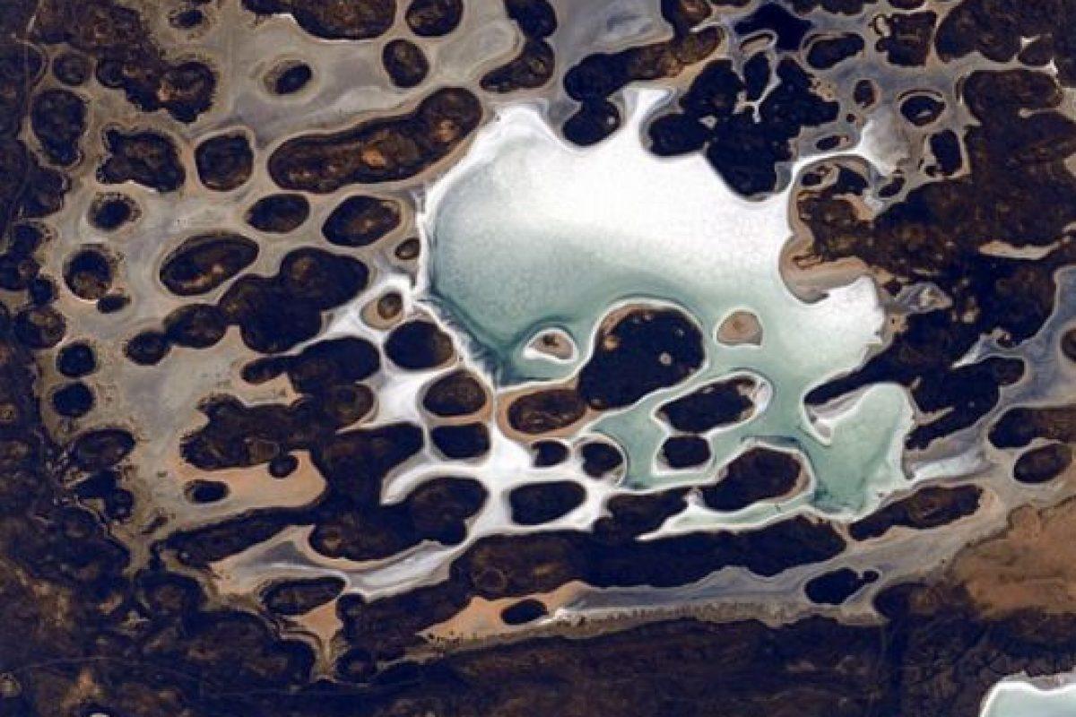 3. Algunos objetos se queman en la atmósfera, según la NASA. Foto:Vía Instagram.com/stationcdrkelly. Imagen Por: