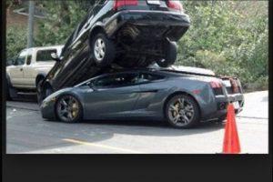 Un Lamborghini más en problemas. Foto:Tumblr. Imagen Por:
