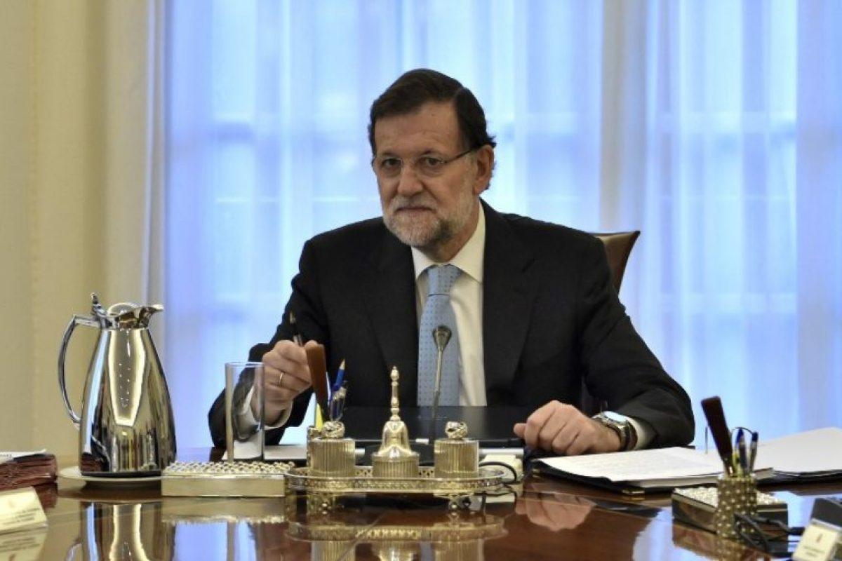 El gobierno español presentó hoy un recurso al Tribunal Constitucional contra la declaración independentista de Cataluña y pidió que el alto tribunal aperciba a los altos cargos catalanes de que el incumplimiento de sus mandatos puede ser un delito. Foto:AFP. Imagen Por: