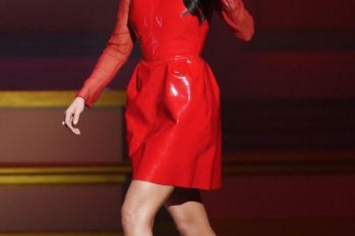 """El pasado 9 de noviembre, Selena llegó a la gla """"Glamour Women of The Year"""". Foto:Getty Images. Imagen Por:"""
