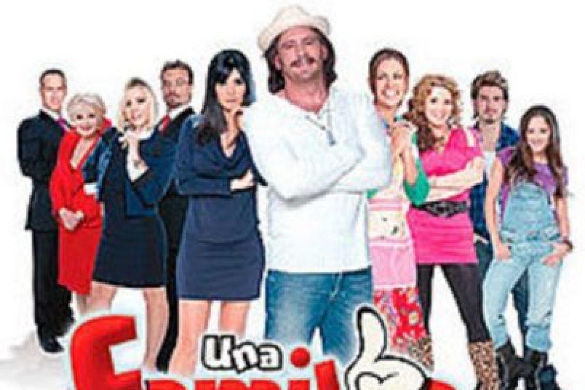 """6- """"Una familia con suerte"""". Primer episodio: 14 de febrero de 2011. Foto:Televisa. Imagen Por:"""