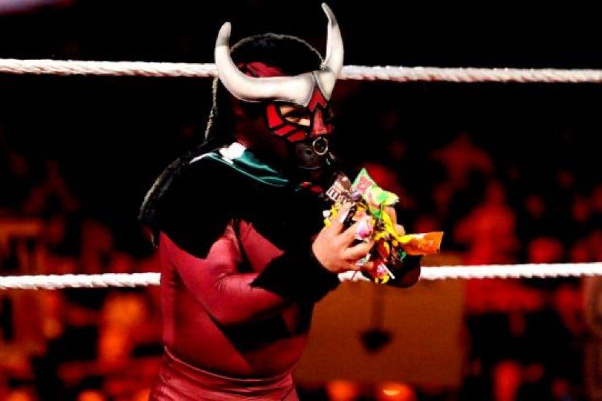 6. El Torito Foto:WWE. Imagen Por: