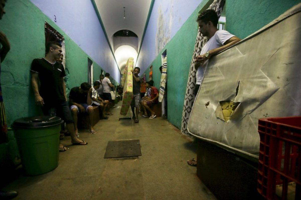 Los guardias sospecharon del roedor principalmente por el cordón que llevaba atado a su cola. Foto:Getty Images. Imagen Por: