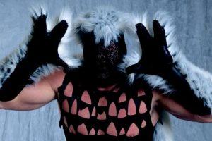 """11. Mystery Man / Está bien querer mantener oculta su identidad, pero no era necesario tanto """"diseño"""". Foto:WWE. Imagen Por:"""