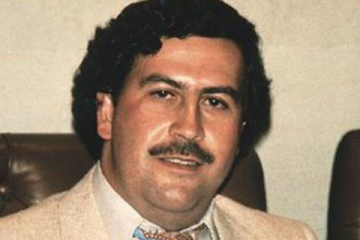 """A pesar de su gran fortuna, de acuerdo a declaraciones de su hijo Sebastián Marroquín (Juan Pablo Escobar), solamente conserva """"un reloj, con mucho cariño"""". Foto:Wikimedia. Imagen Por:"""
