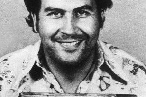 De acuerdo a la revista especializada Business Insider, Escobar llegó a generar un estimado de 420 millones de dólares a la semana. Foto:Wikimedia. Imagen Por: