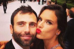 Está comprometida con el empresario Jamie Mazur con quien tiene dos hijos Foto:Vía Instagram. Imagen Por: