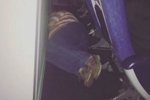 3. Aquellos que encuentran a como de lugar, dormir. Foto:Know Your Meme. Imagen Por: