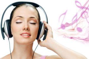 Escucha música puede ser muy placentero. Foto:vía Getty Images. Imagen Por: