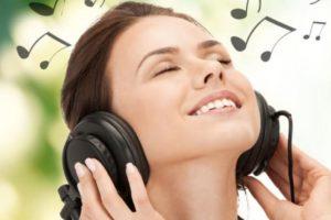 Esto hace que se incrementen más bacterias en sus oídos. Foto:vía Getty Images. Imagen Por: