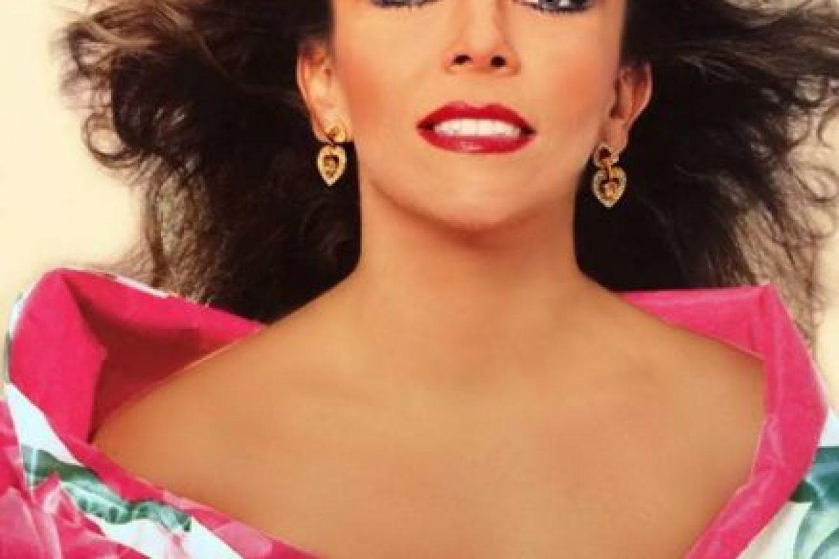 Verónica Castro era ídolo indiscutible en los años 80. Foto:vía Facebook/Verónica Castro. Imagen Por: