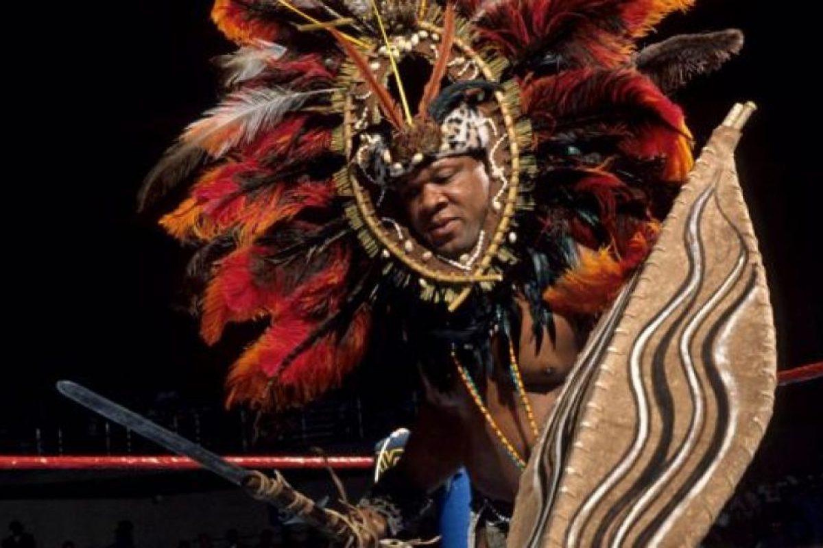 13. Tony Atlas / ¿Se podrá pelear con todo eso encima? Foto:WWE. Imagen Por: