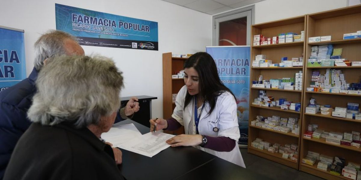 Alcalde de Huechuraba solicita autorización al ISP para abrir una farmacia popular