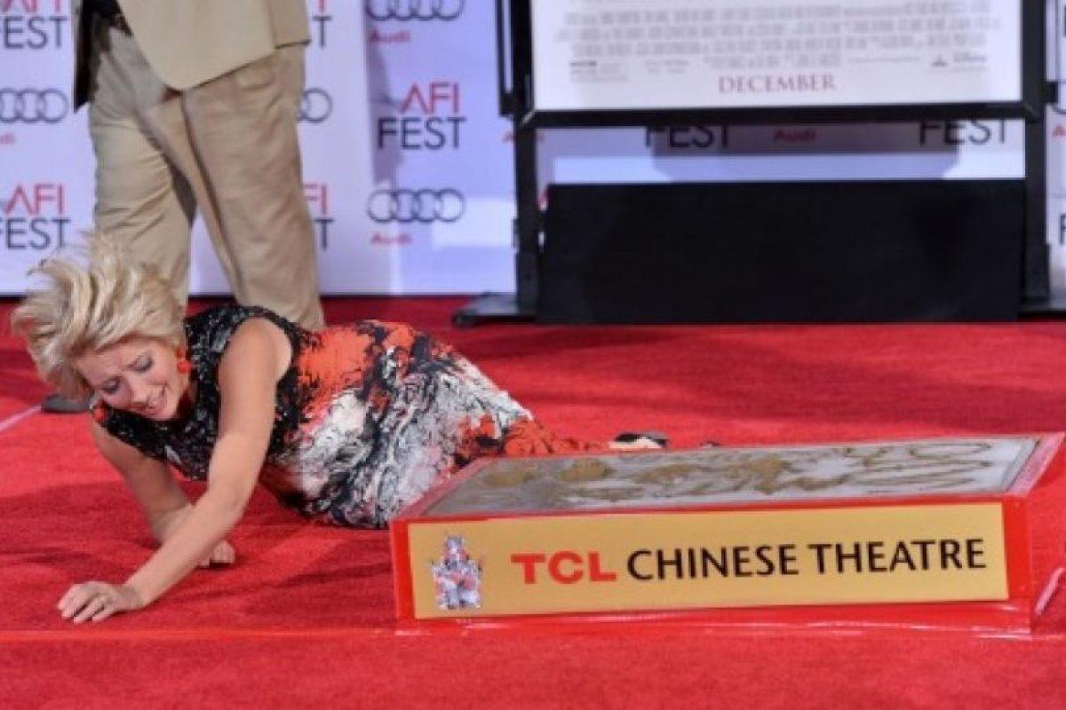 """Emma Thompson se cayó en el AFi Fest 2013, durante el estreno de """"Saving Mr. Banks"""" Foto:Getty Images. Imagen Por:"""