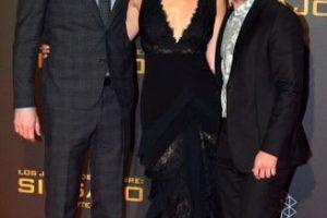 """Jennifer Lawrence se cayó durante la alfombra roja de la premier de """"Los Juegos del Hambre"""" en Madrid. Foto:Getty Images. Imagen Por:"""