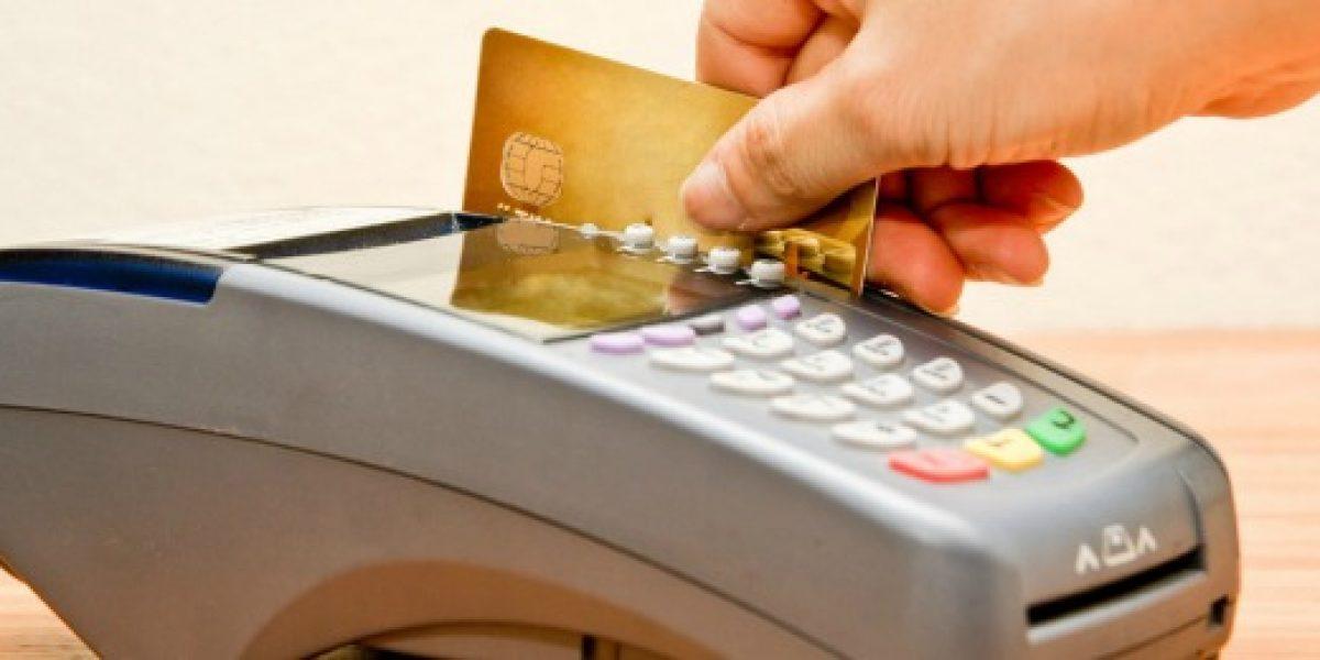 Fiscalía Nacional Económica señala necesidad de acabar con monopolio Transbank