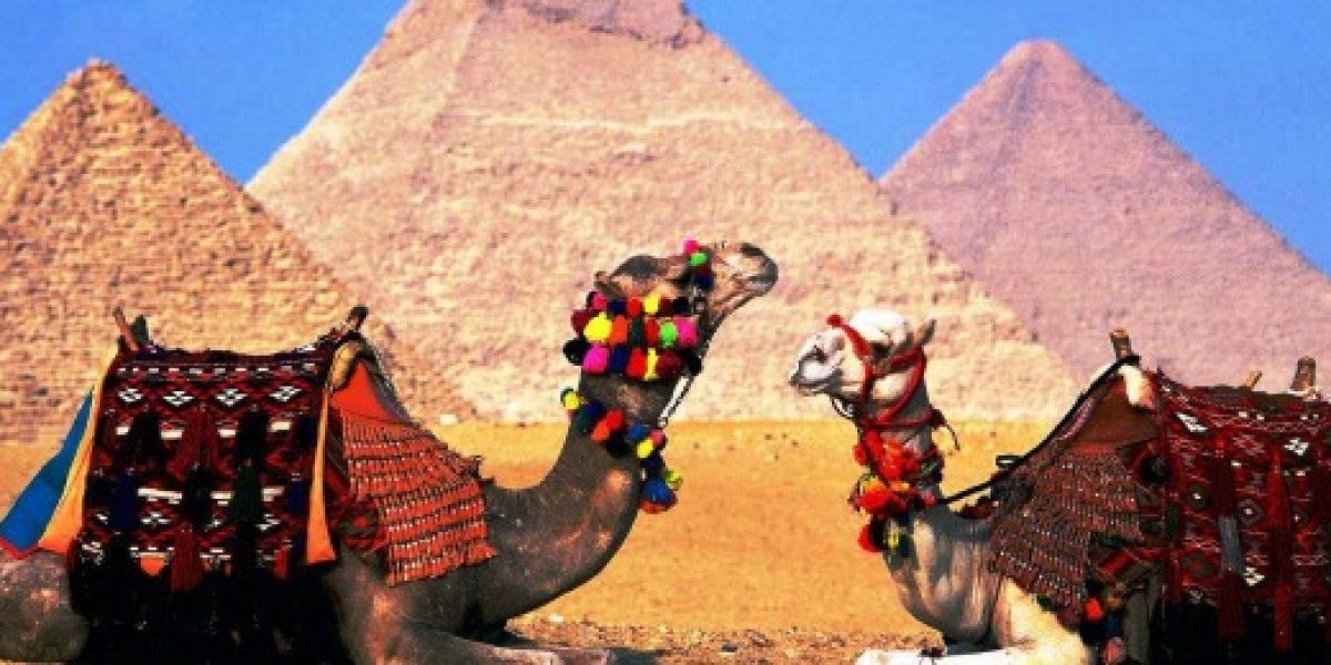 Egipto aprueba millonario plan para reactivar el turismo nacional