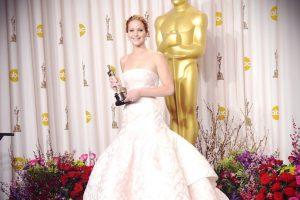 """En 2013, la intérprete de """"Katniss"""" protagonizó la caída más famosa. Foto:Getty Images. Imagen Por:"""