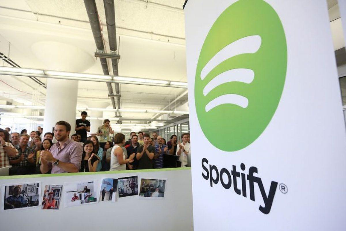 4- 9 dólares. El precio de la suscripción mensual. Aunque también tiene un opción de escuchar música sin costo con anuncios. Foto:Getty Images. Imagen Por:
